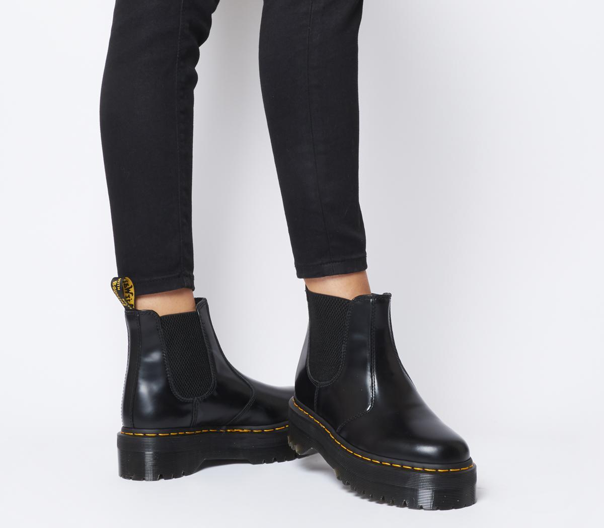 2976 Quad Chelsea Boots
