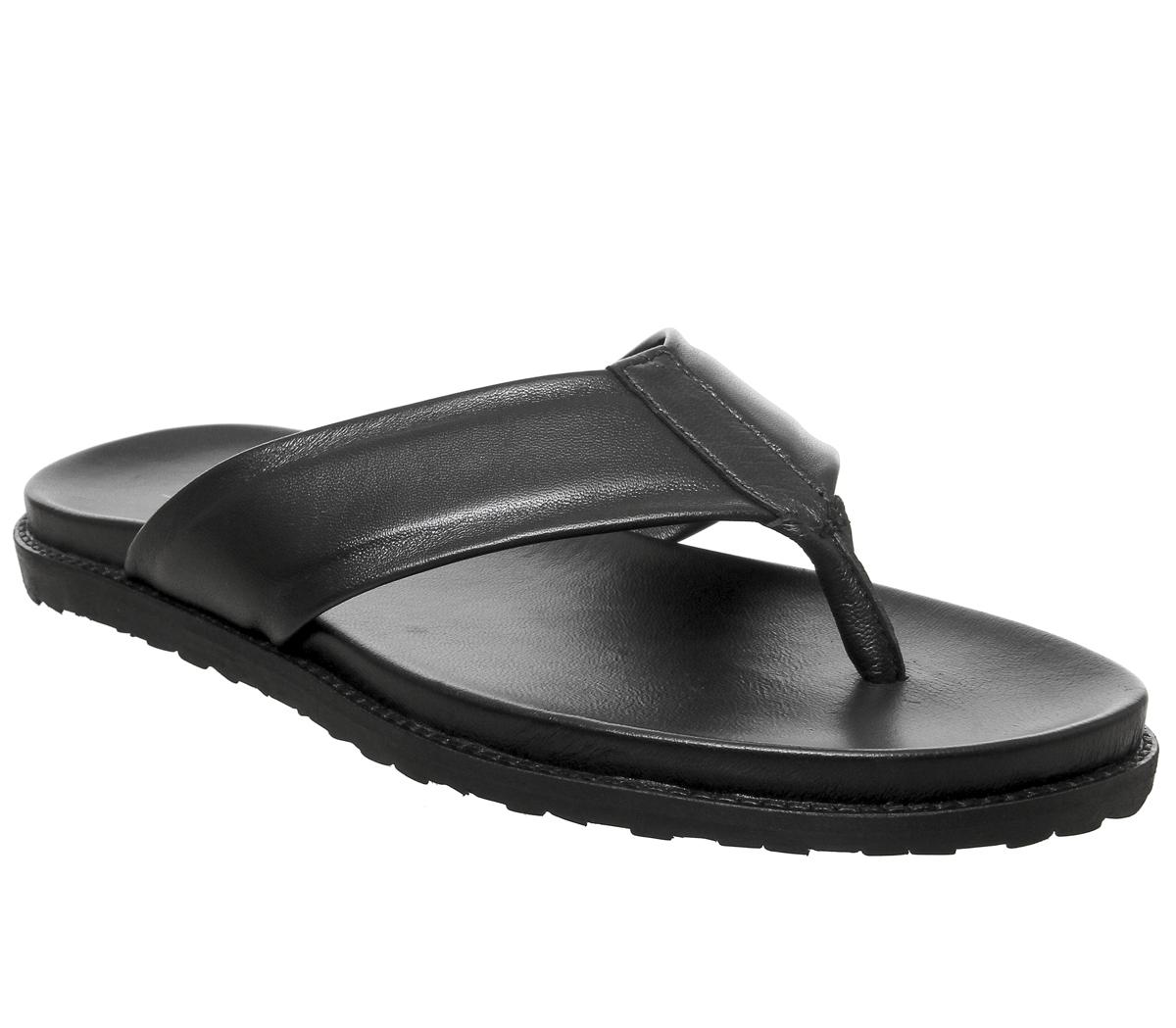 Levante Toe Thong Sandals