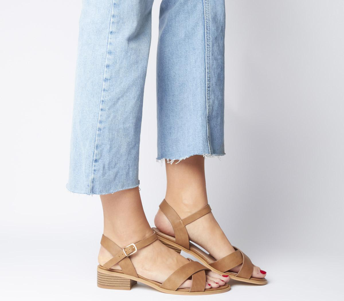 Measure Casual Mid Sandal - Wide Fit