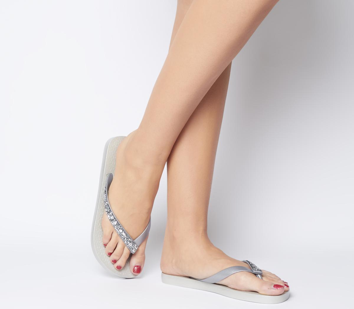 Glam Special Crystal Flip Flops