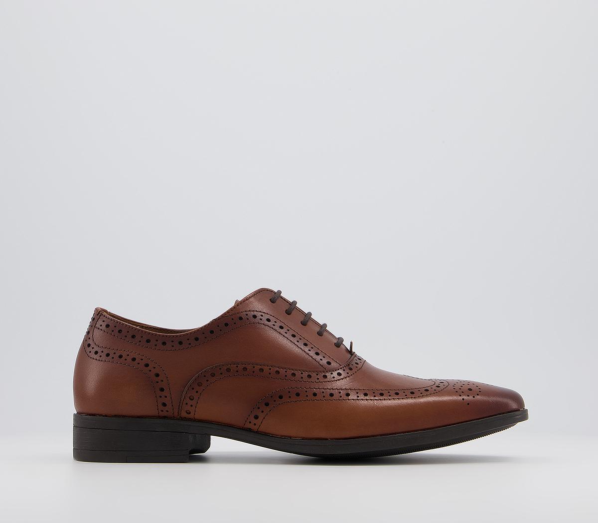 Macro Brogue Smart Shoes