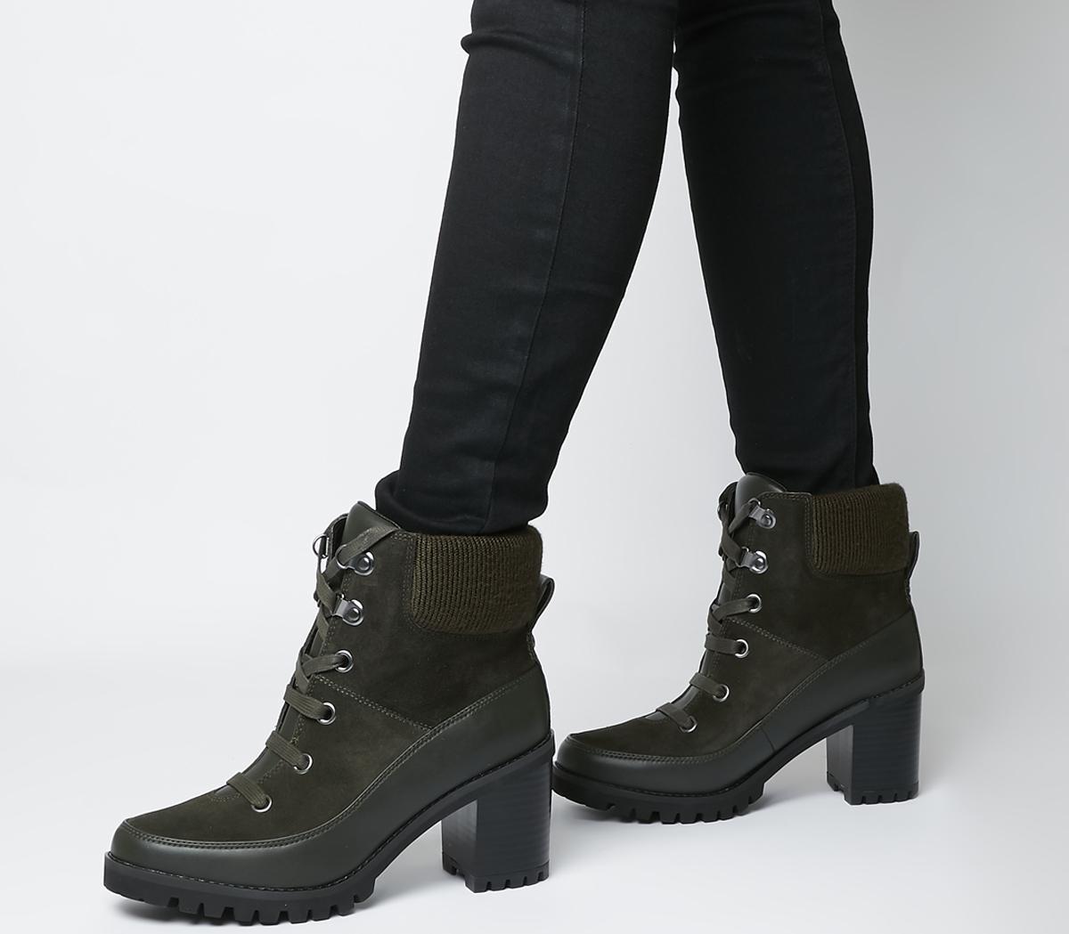 UGG Redwood Ankle Boots Black Olive