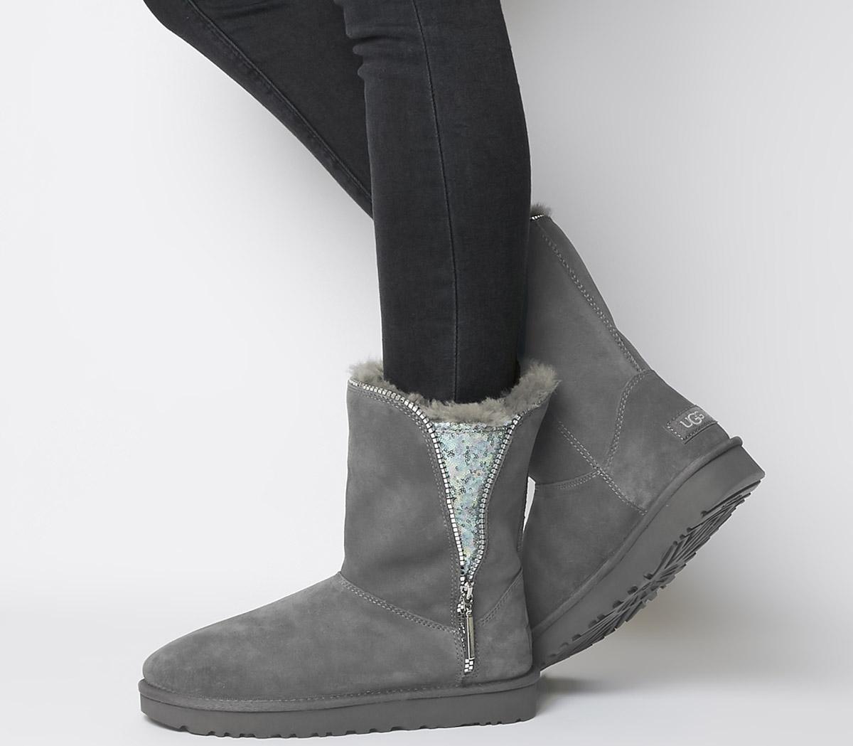 Classic Zip Boots