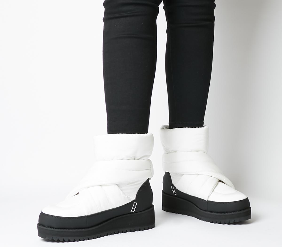 Montara Boots