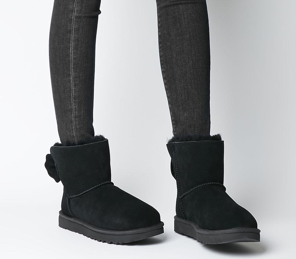 Star Bow Mini Boots