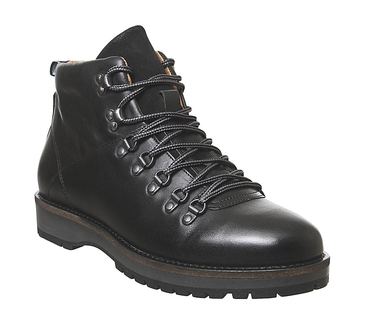 Lawrence L Boots