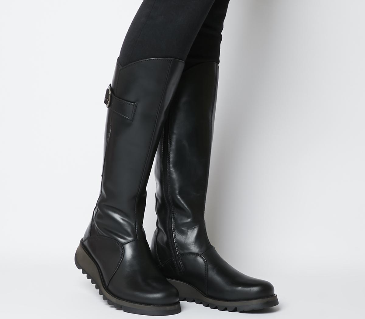 Mol 2 Boots