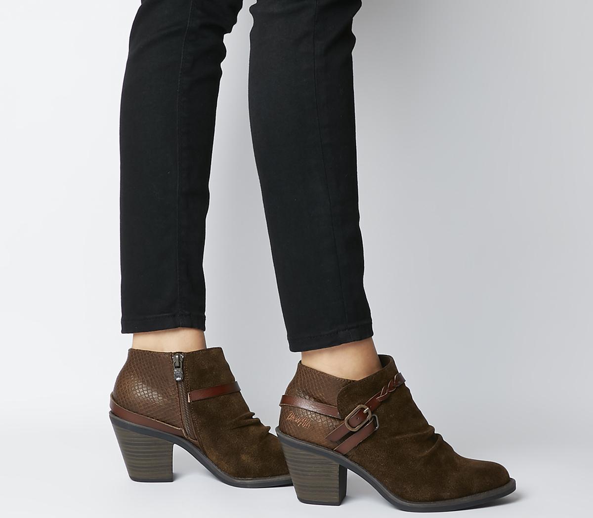 Lama Boots