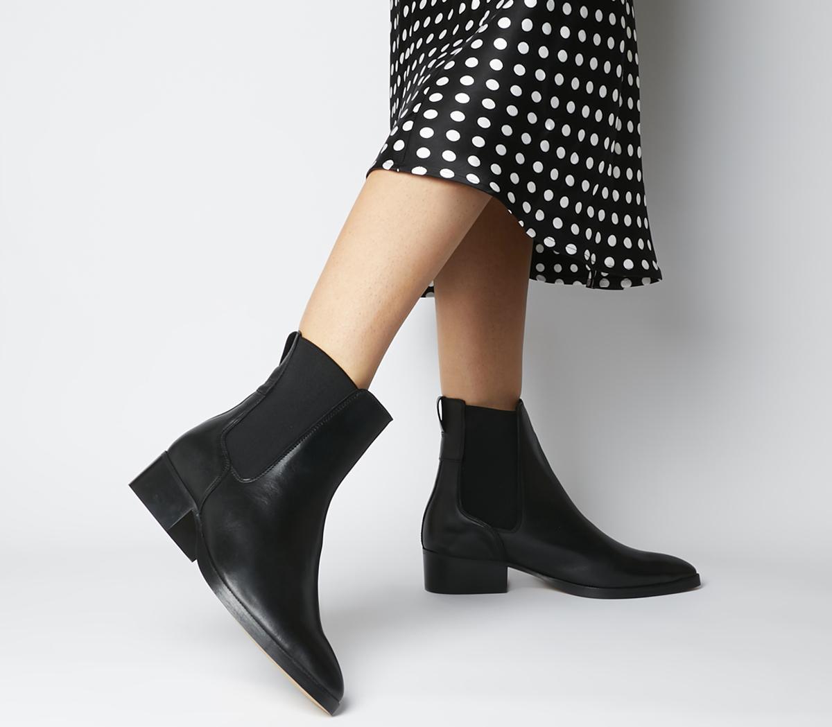 Asset Flat Chelsea Boots