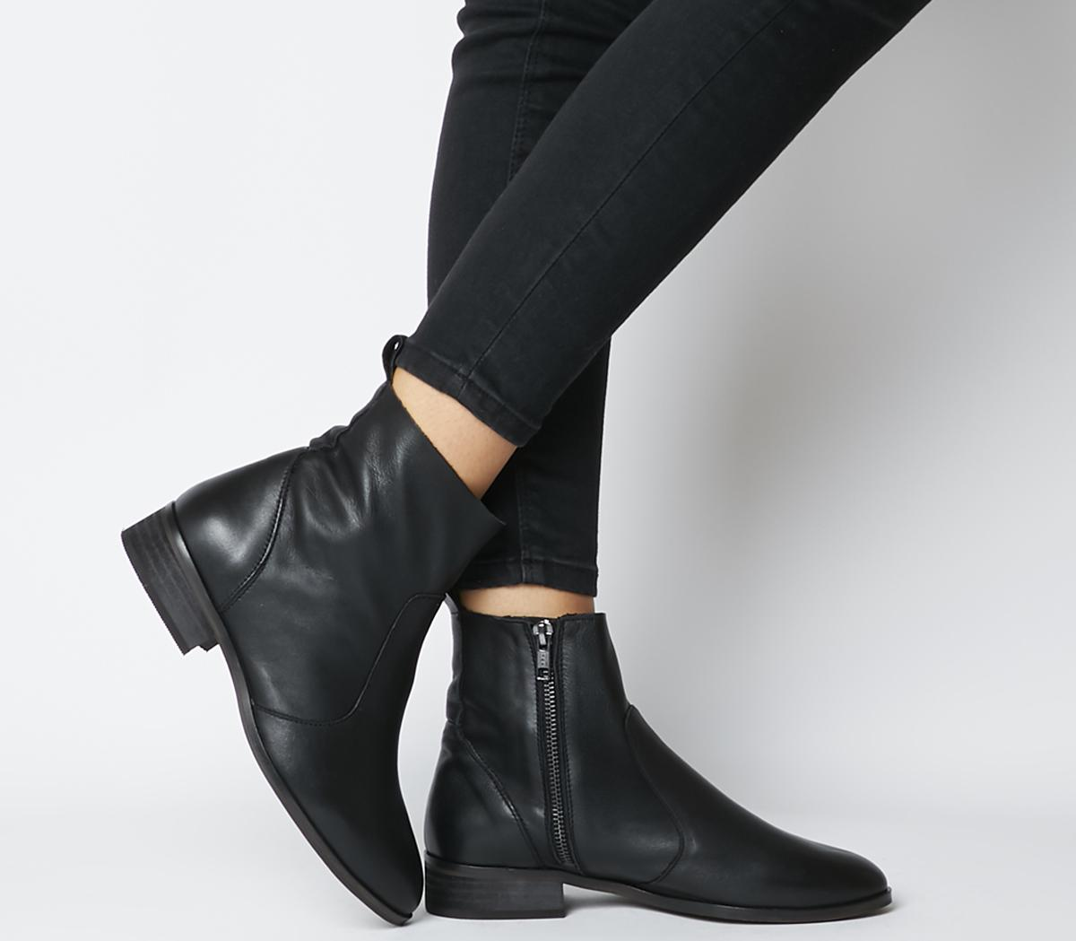 Ashleigh Wide Fit Flat Ankle Boots