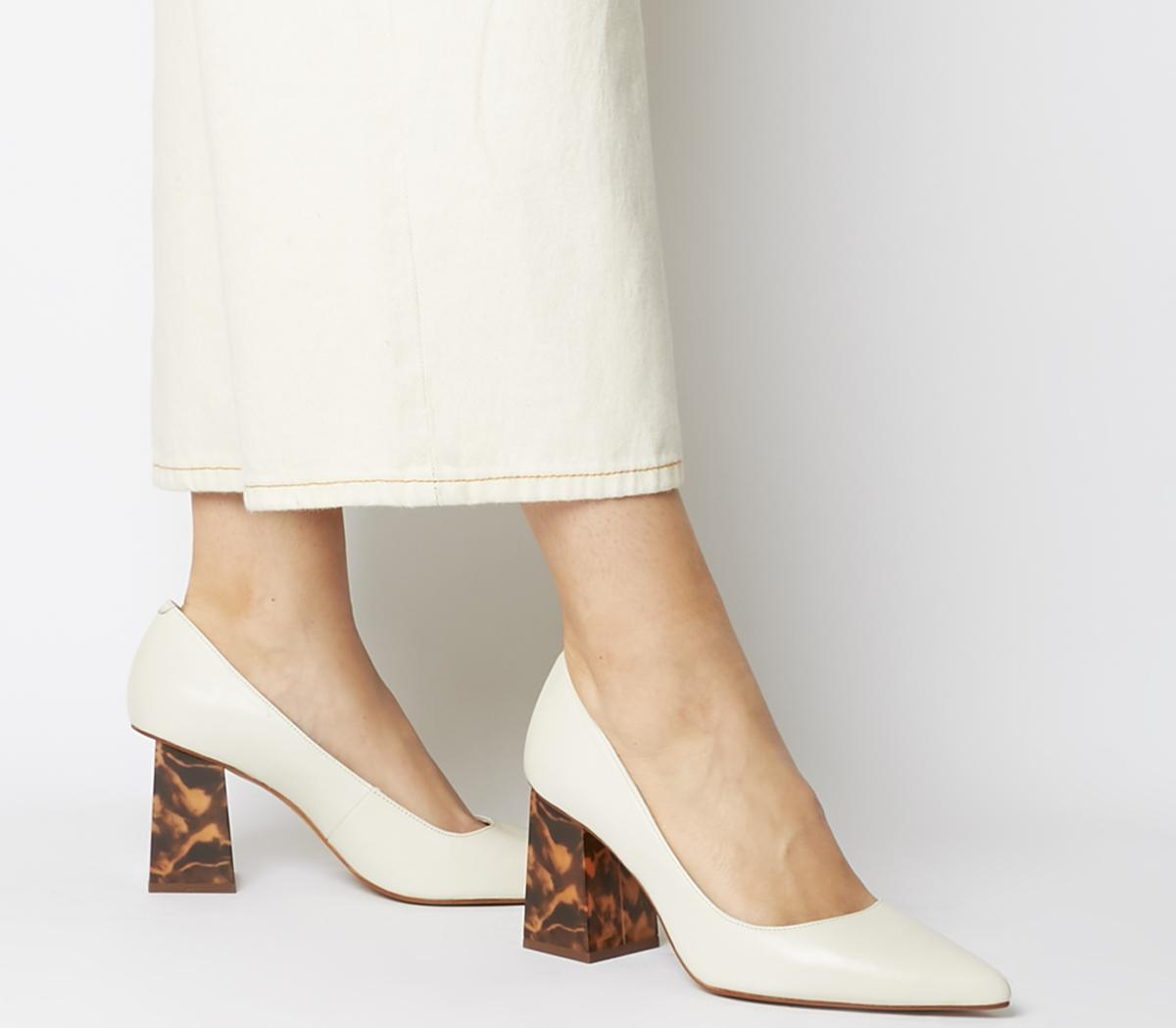 Minty Feature Heel Court Shoes