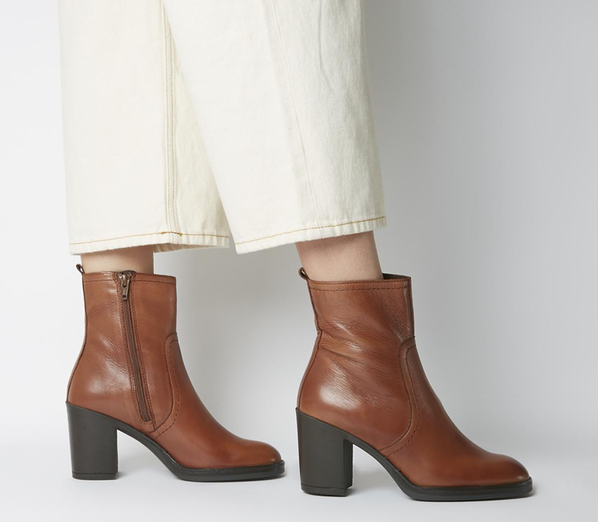 Away Casual Heeled Boots