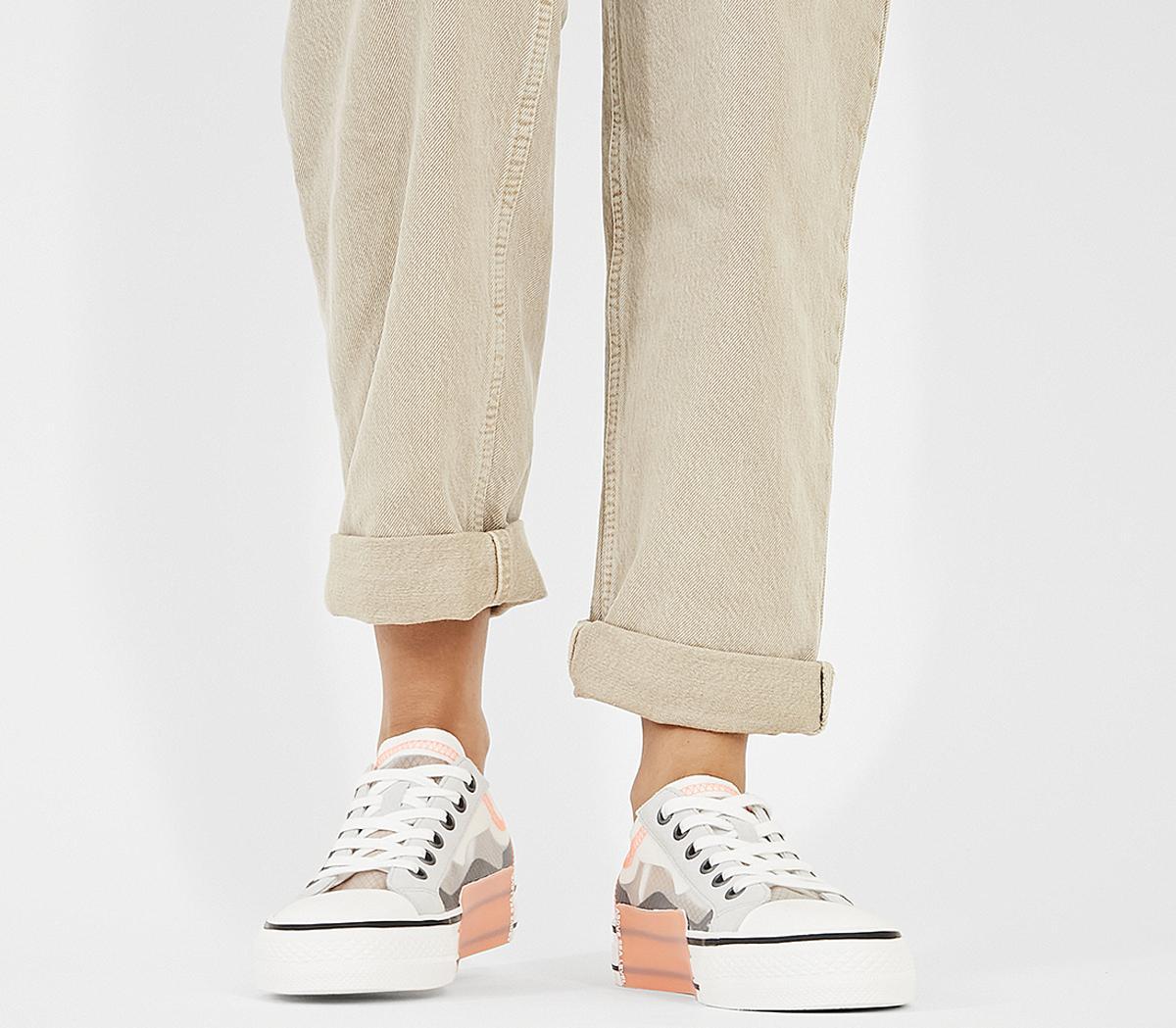 Vertu Sneakers