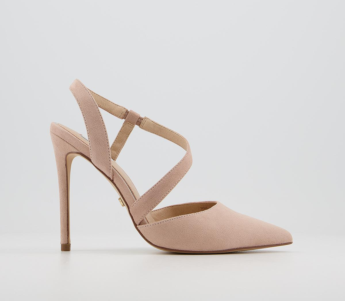 Highly Asymmetric Court Heels
