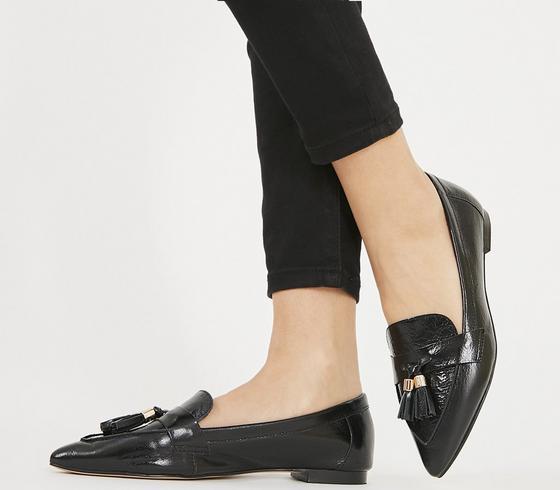 Fib Pointed Tassel Loafers Black Leather