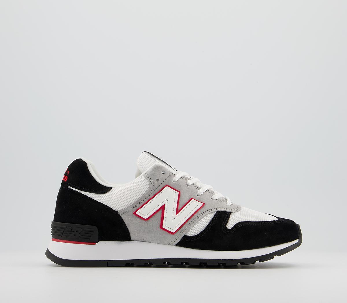 New Balance 670 Trainers