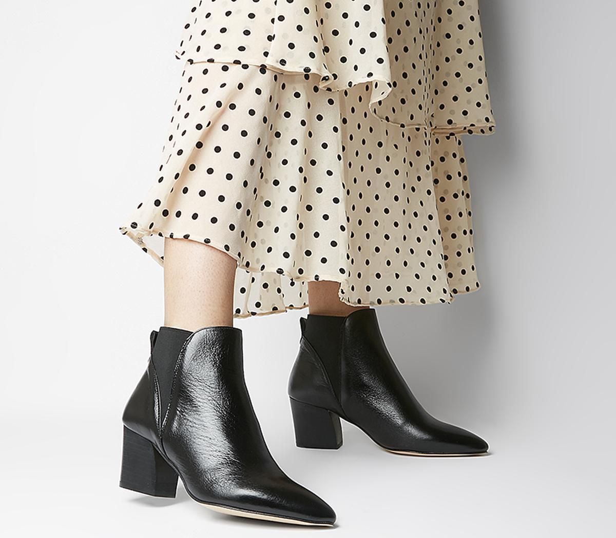 Alamo Chelsea Boots