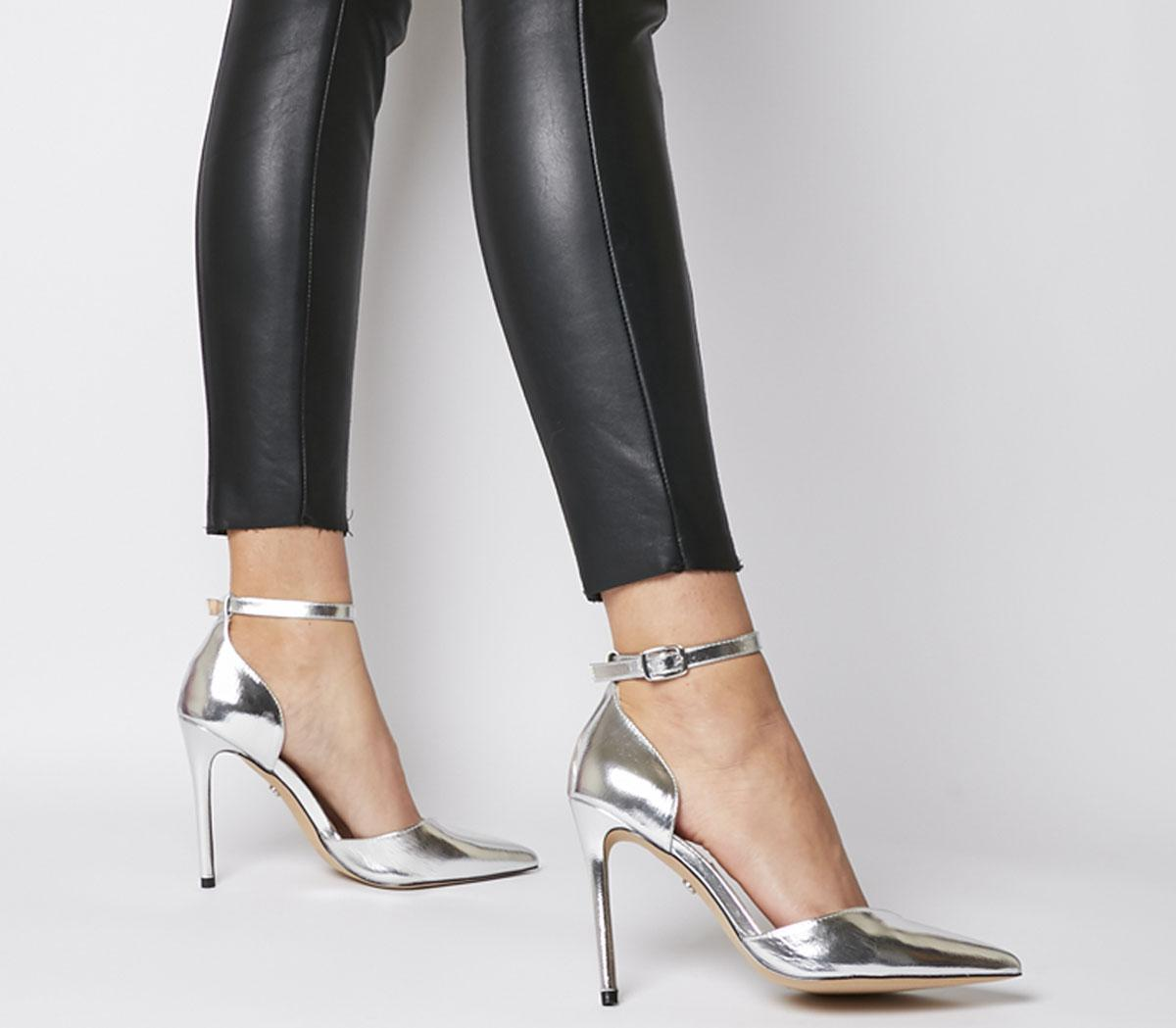 Hartland Two Part Point Heels