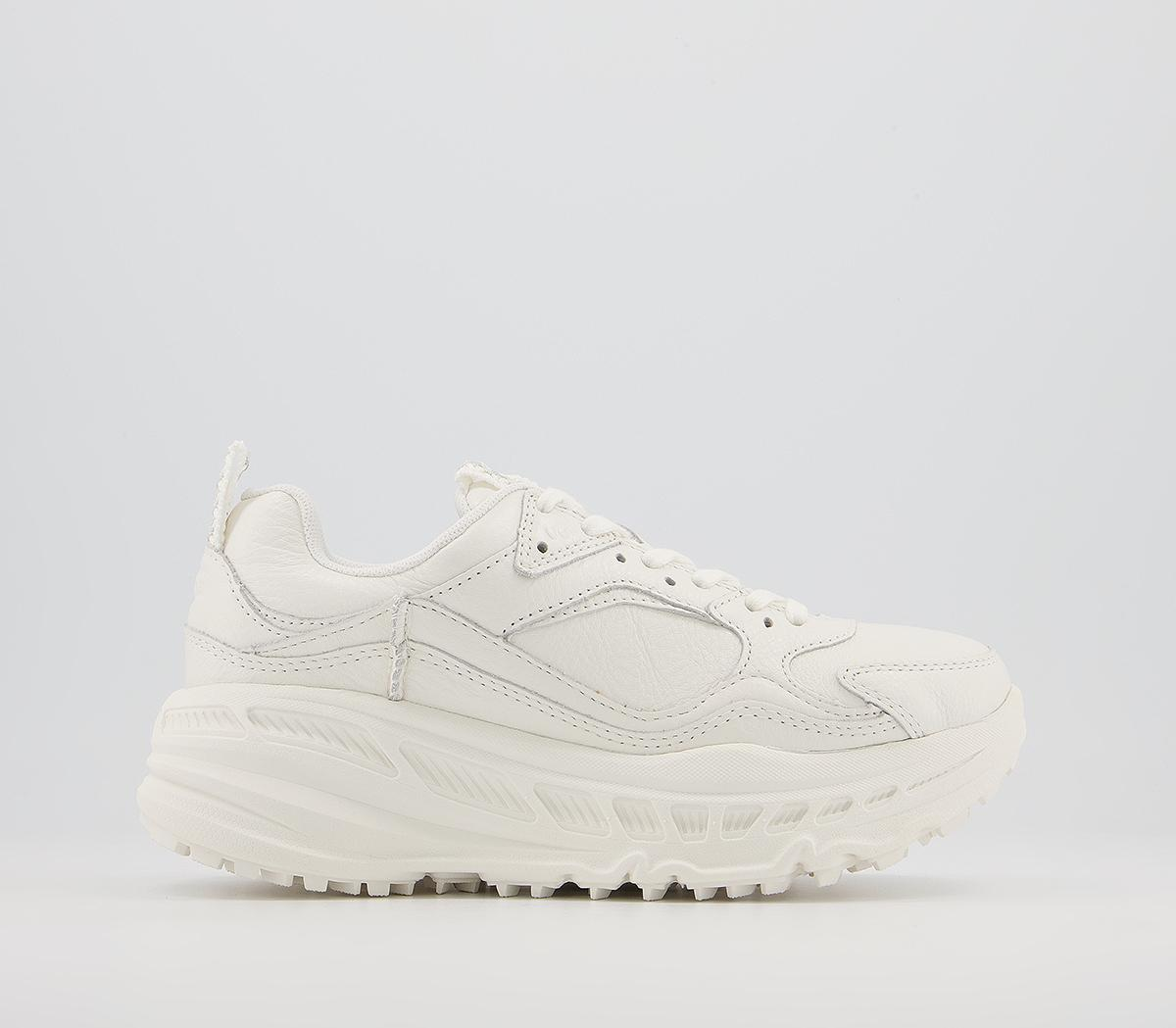 CA805 Trainers
