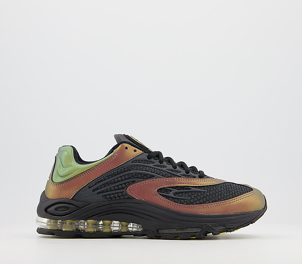 Air Tuned Max Trainers