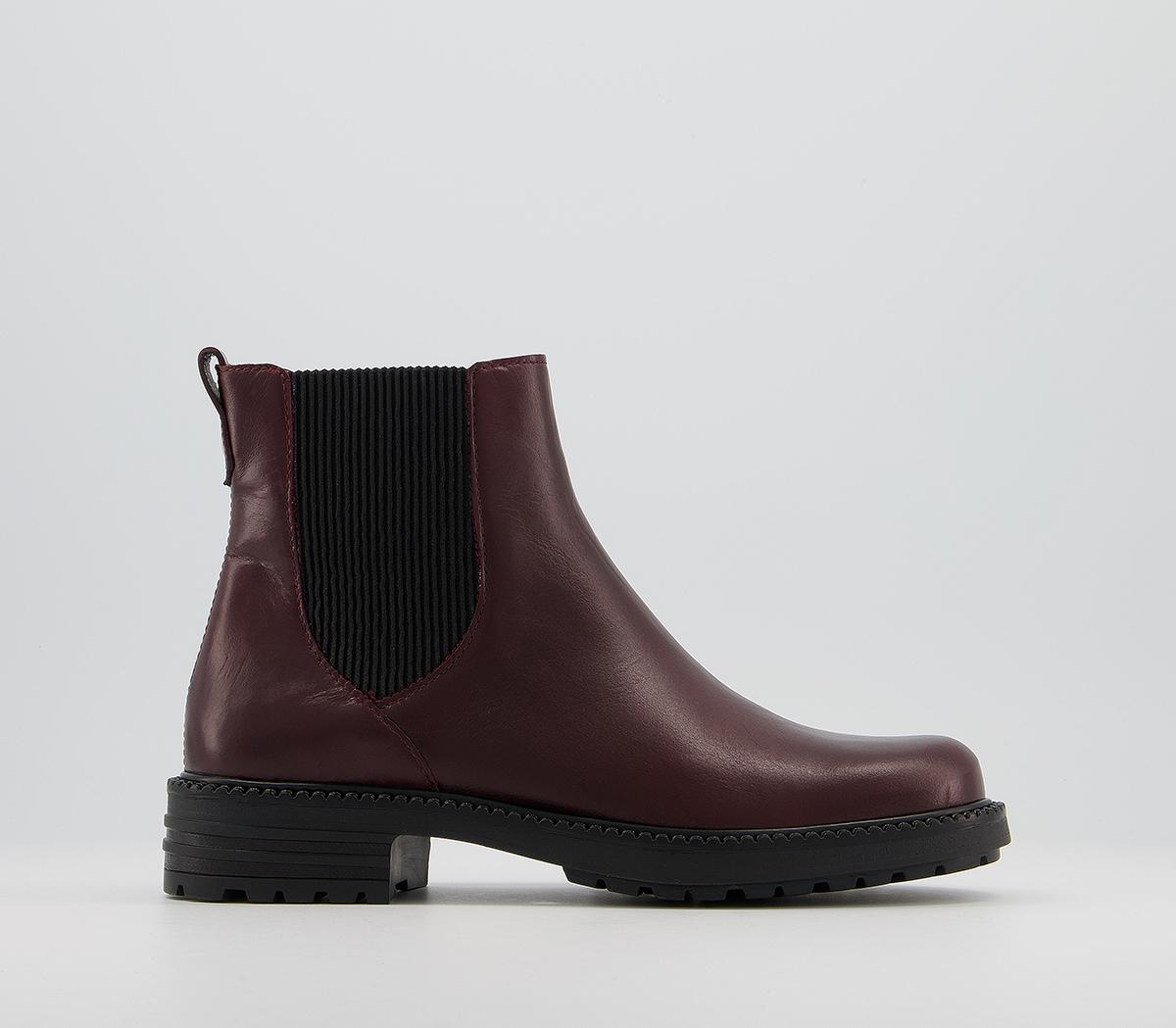 Aim Chelsea Cleated Boots