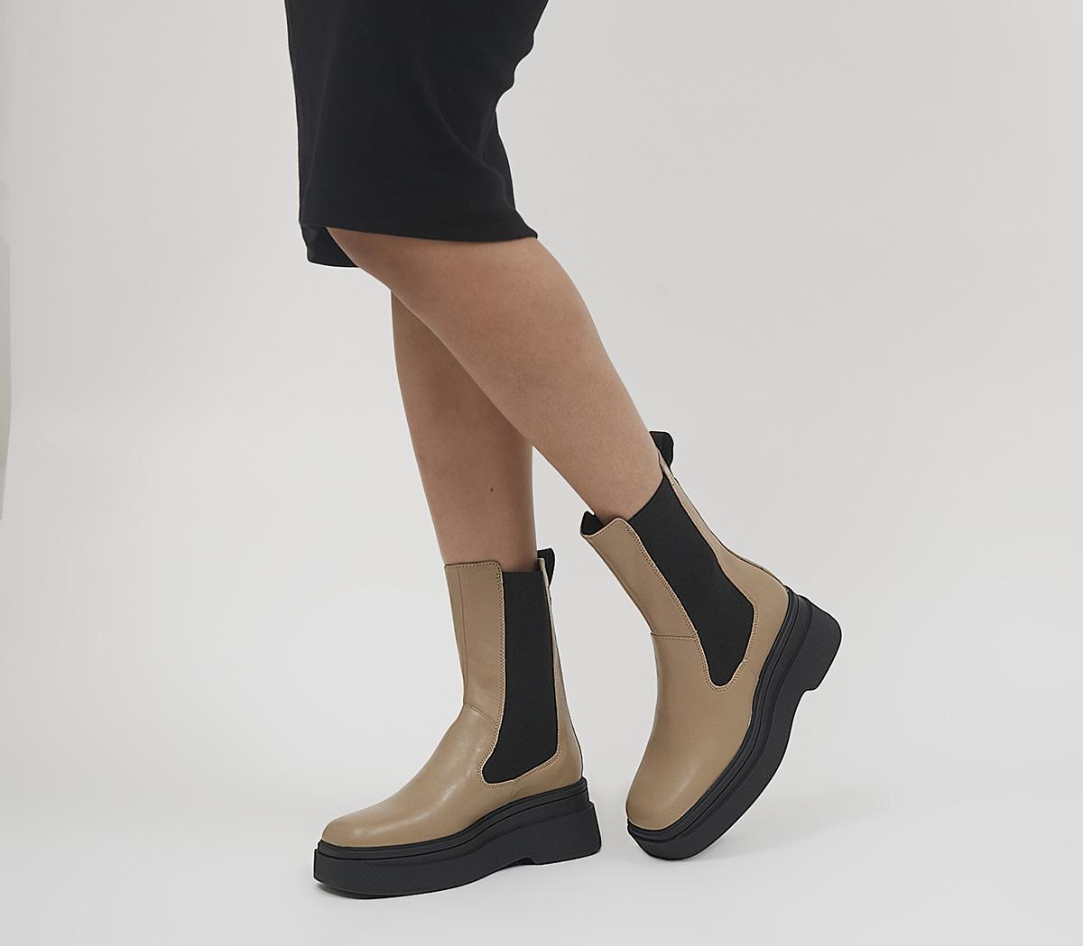 Carla Chelsea Boots