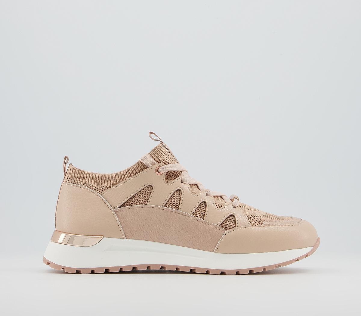 Faithful Lace Up Runners