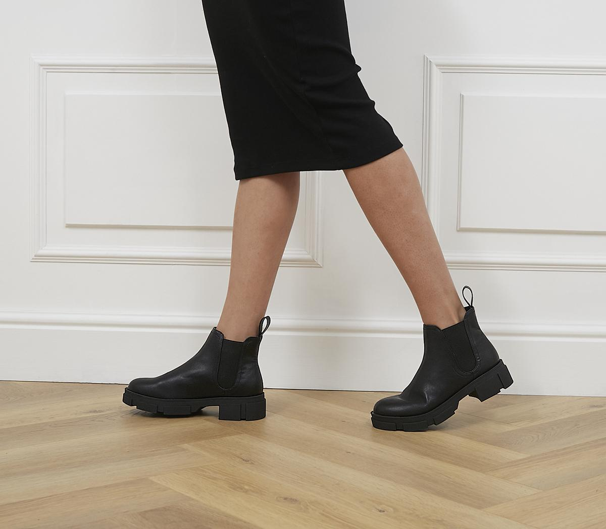 Alarming Chunky Chelsea Boots