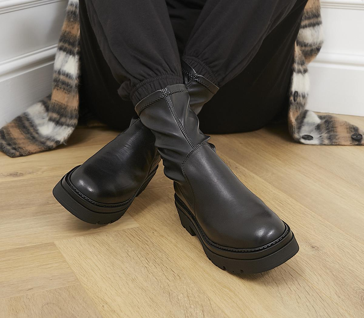 Assess Chunky Stretch Boots