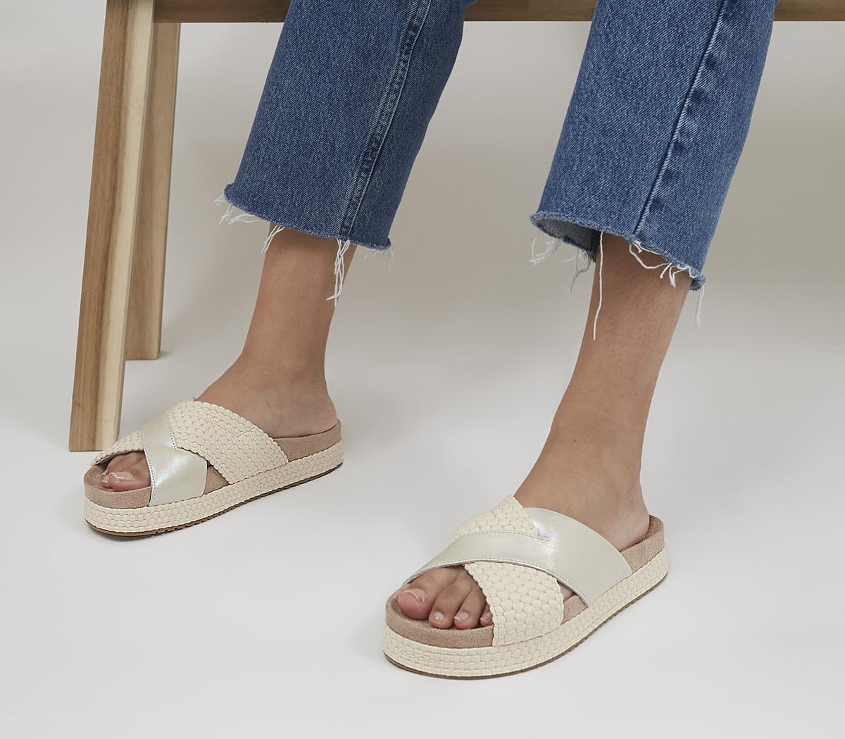 Paloma Slides