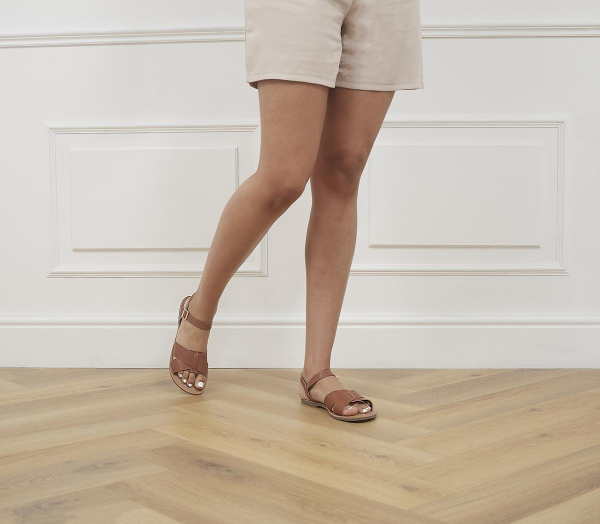 Smooth Two Part Sandals