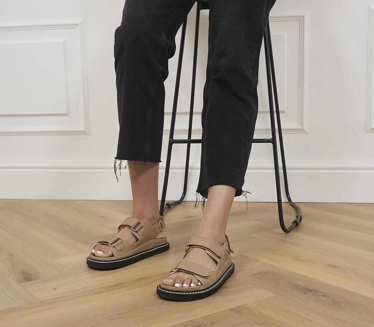 Pascale Sandals