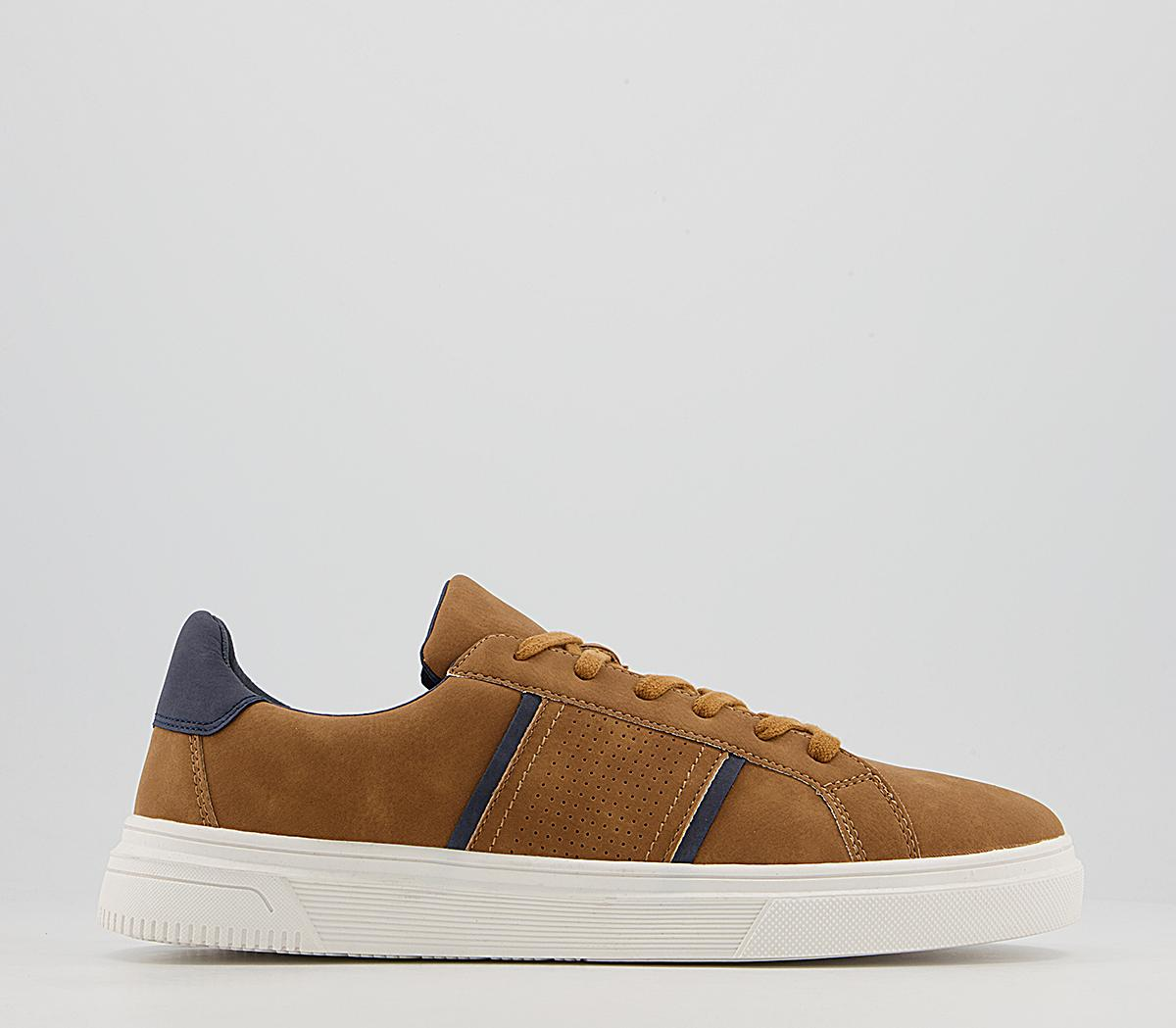 Carrick Casual Trainers