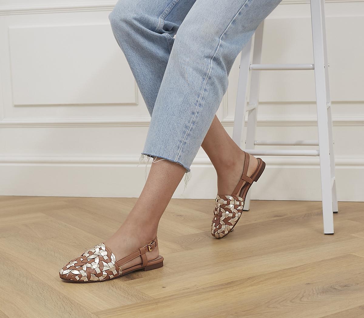 Figure Woven Flat Shoes