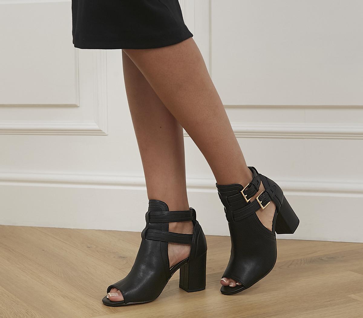 Magenta Cutout Detail Shoe Boots