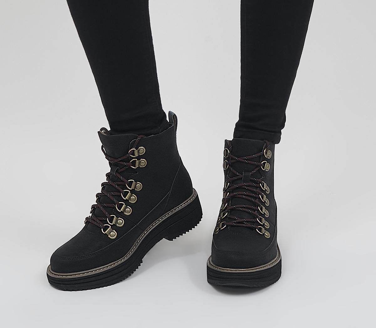 Midform Boots