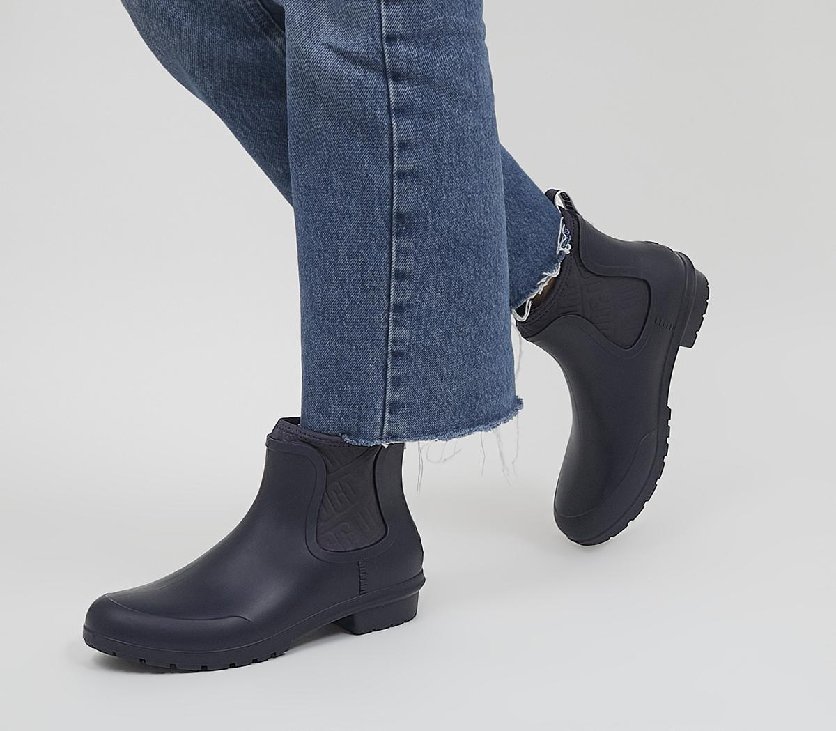 Chevonne Welly Chelsea Boots