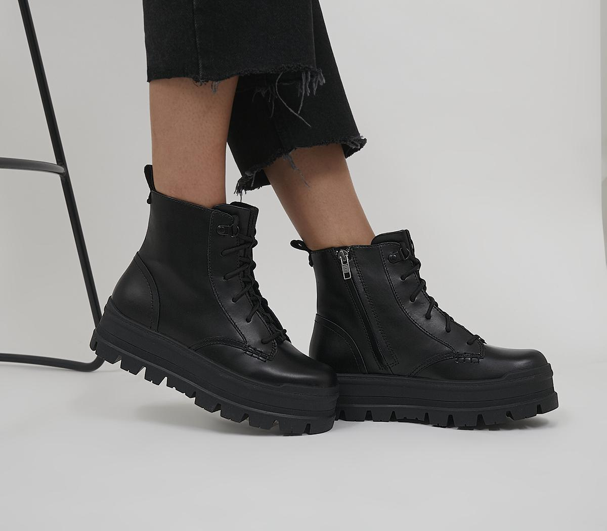 Sidnee Boots