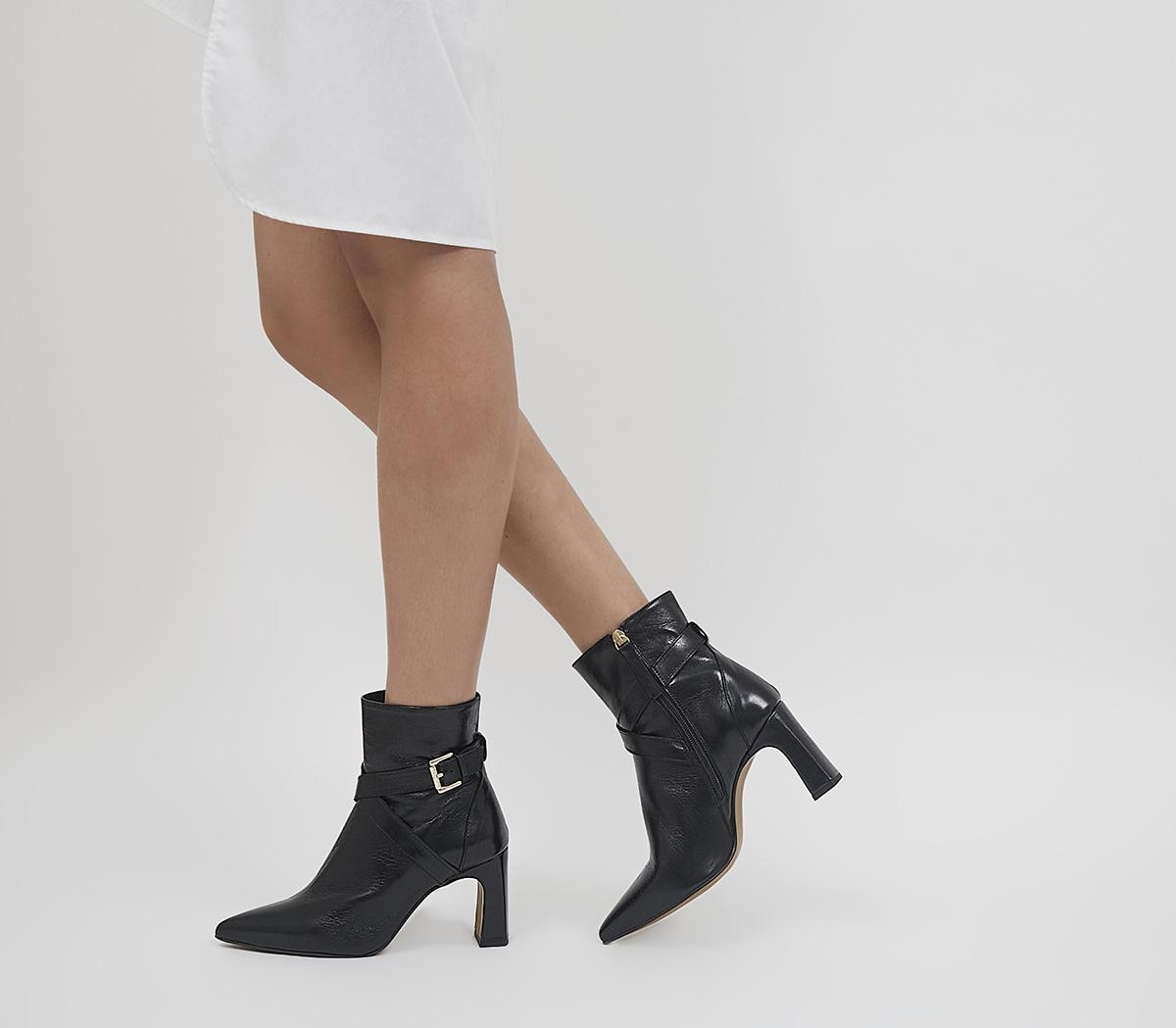 Astute Crossover Pointed Toe Boots