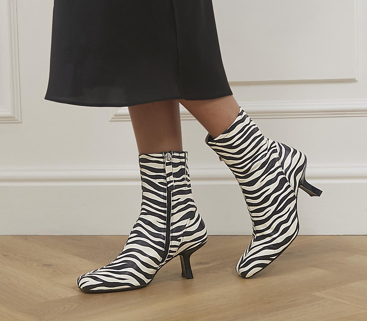 Acrobat Abstract Mid Heel Boots