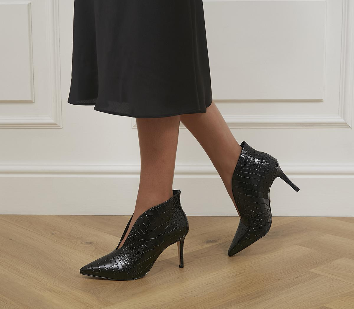 Mariette Pointed Shoe Boots