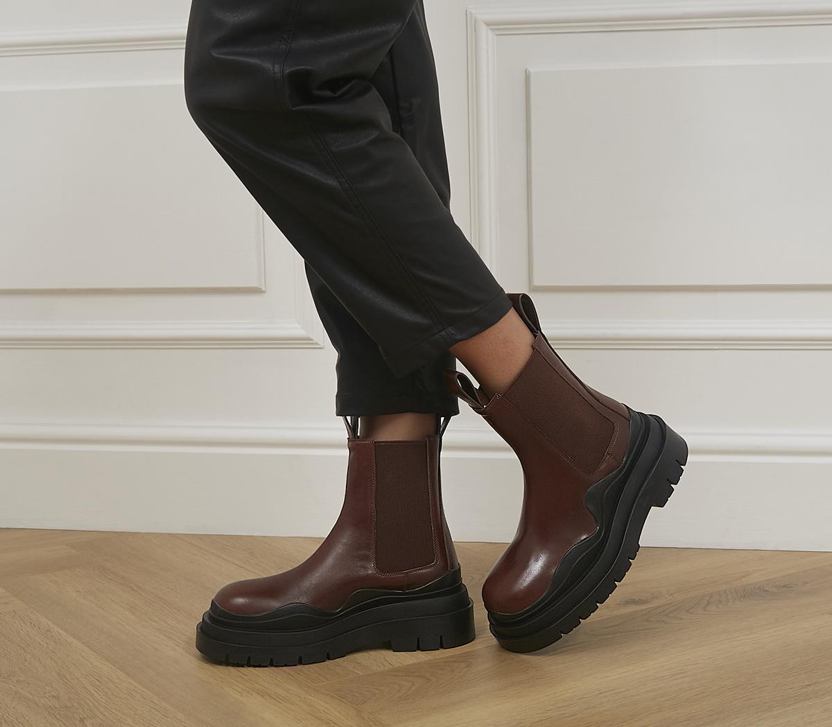 Pixie Chelsea Boots