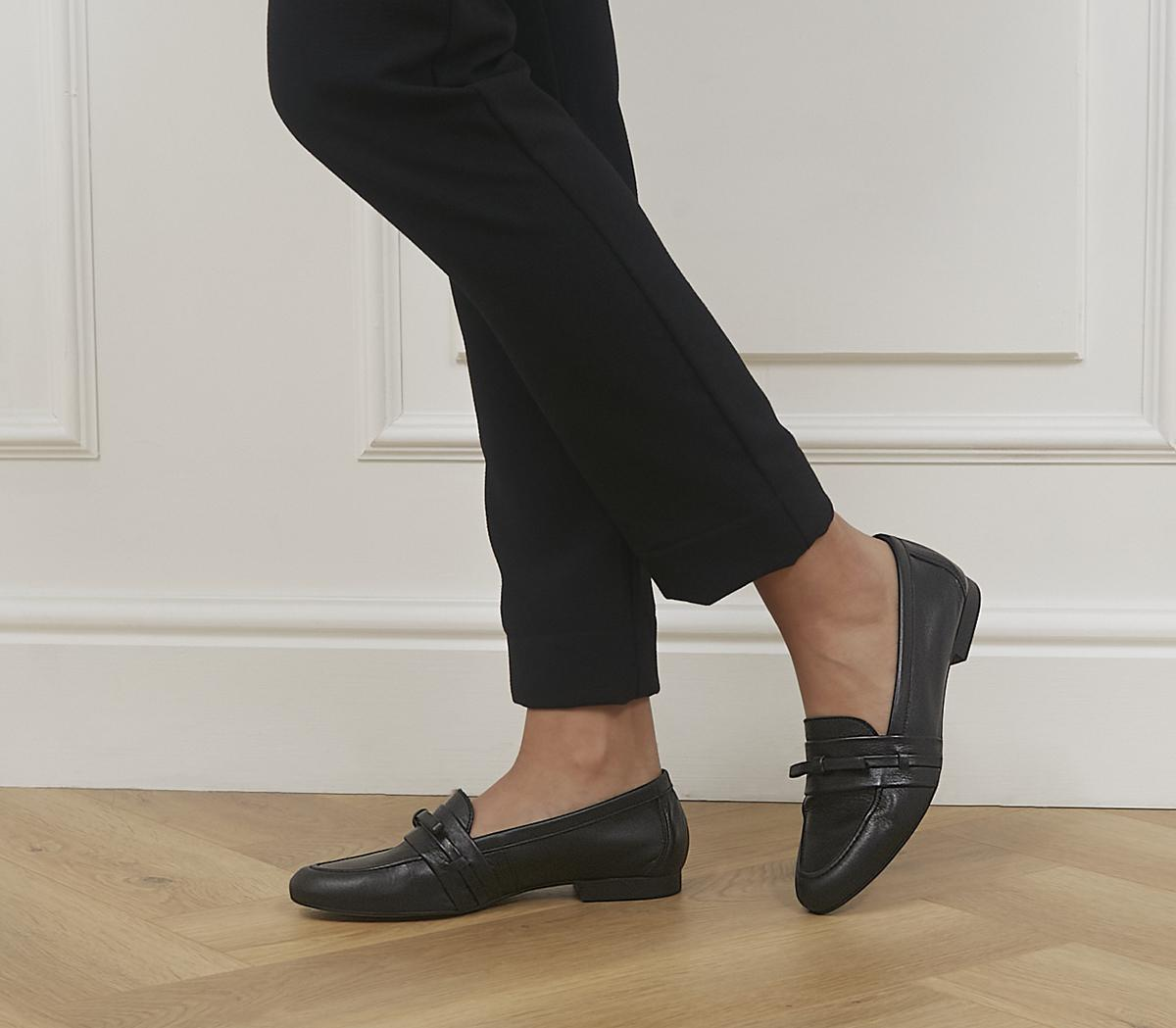 Fine Line Bow Loafers