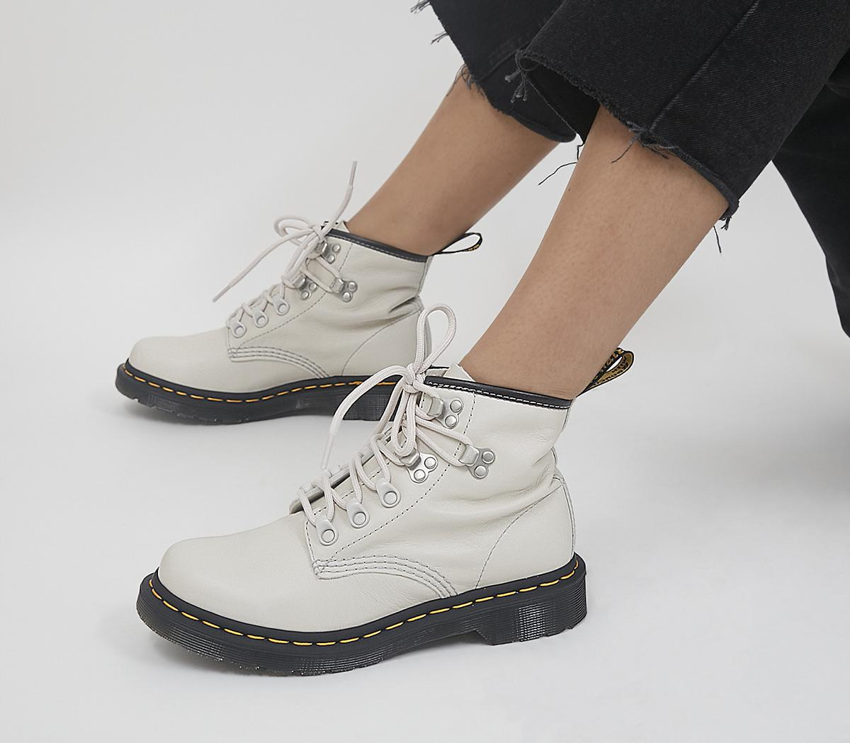 101 Hardware Boots