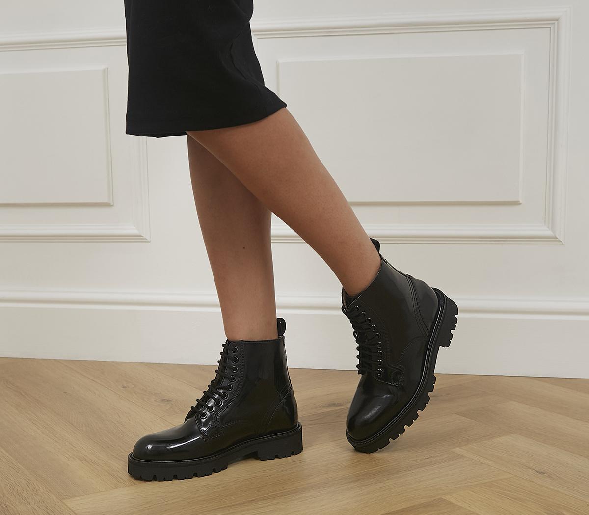 Mascy Lace Up Boots