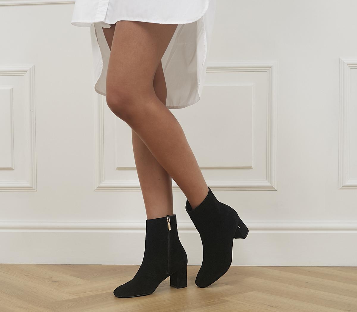 Neomie Chunky Heeled Boots