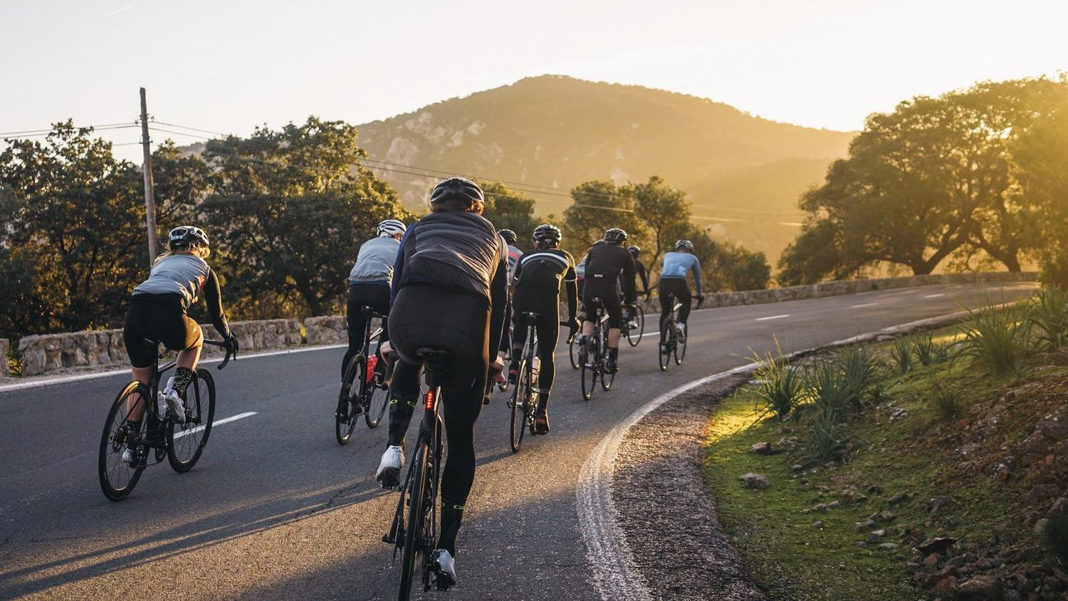 Rapha Mobile CLubhouse and Mallorca 312 Sportive