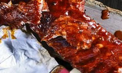 Wet-Rubbed St. Louis Ribs