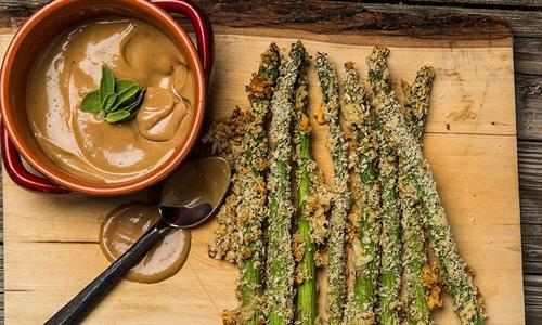 Asparagus Fries with Balsamic Mayo Sauce