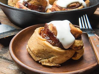 Baked Candied Bacon Cinnamon Rolls Recipe